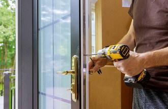 מחירון תיקון דלתות לכל סוגי הדלתות
